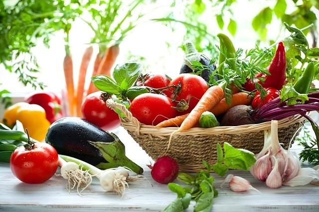kosz zdrowych warzyw